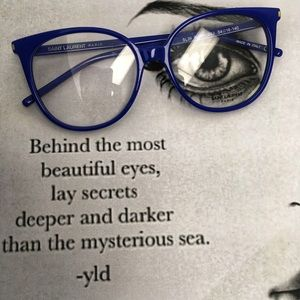 YSL-May Be You Can Blend In with The Sea